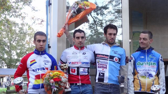 Cyclo-Cross de la Garnache (85) : Maheau devant Guilbaud