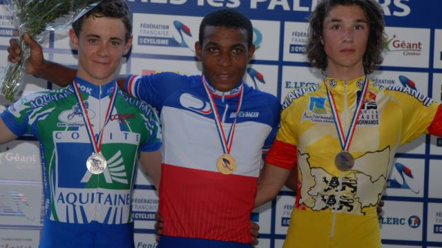 Le Réunionnais Manzin champion de France de la course aux points cadets