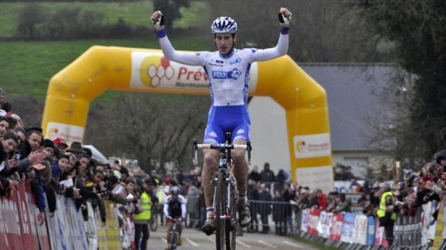 Cyclo-Cross de Lanarvily (29) : Jeannesson magistral